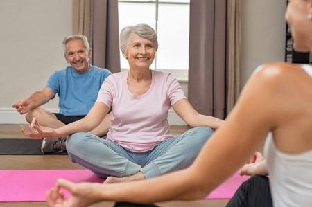 groupe-sophrologie-rouen-personne-âgée-seniors-clic